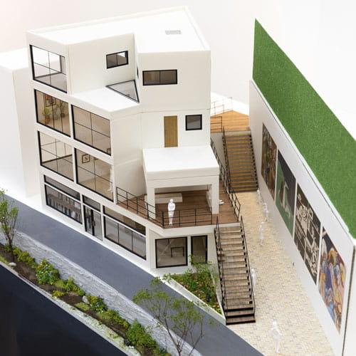 ギャラリストの住まい - 地域に開かれたアートウォールと住宅のコンプレックス02